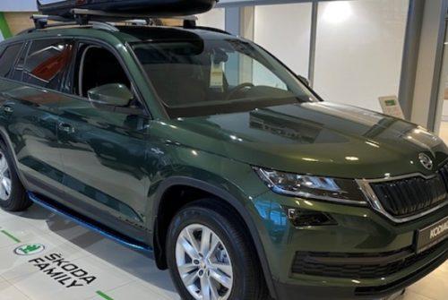 ŠKODA KODIAQ в Пулково, Неон и Таллинский-Авто на особых условиях: выгода более 200 000 рублей и подарки в ноябре
